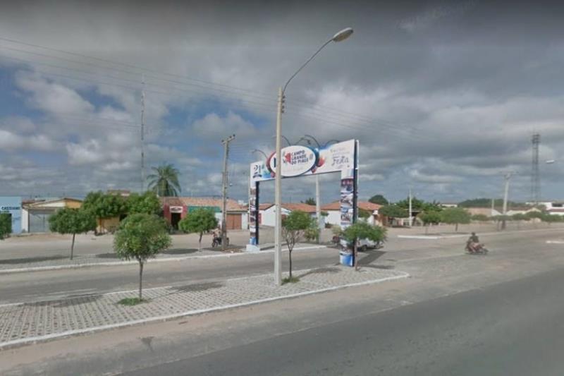 Prefeito de Campo Grande Do Piauí assina decreto proibindo festas de fim de ano